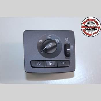 VOLVO C30 10-13 C30 1,6D DRIVE MOMENTUM 2011 30772412