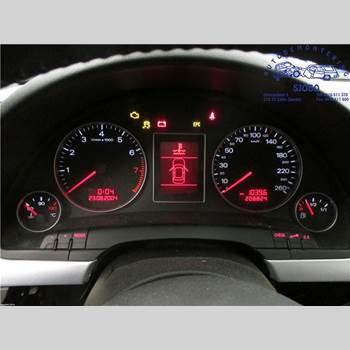 AUDI A4/S4 01-05 AUDI A4 1,8 T AVANT 2005 8E0 920 901 GX