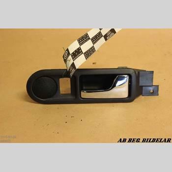 DÖRRHANDTAG INRE HÖ VW GOLF IV 98-03 1.6 1998
