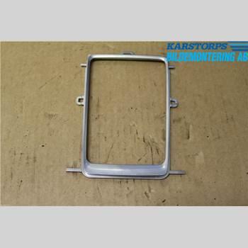 VOLVO V60 14-18 T3 1,6T KINETIC 2014 31267052