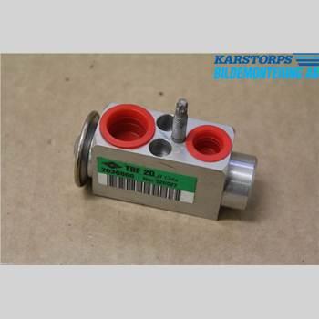 VOLVO V60 14-18 T3 1,6T KINETIC 2014 31291817