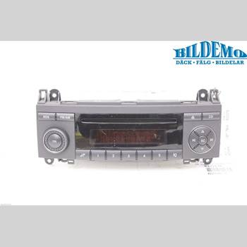 RADIO CD/MULTIMEDIAPANEL MB A-Klass (W169) 04-12 -BENZ A 150 2005 A1698200486