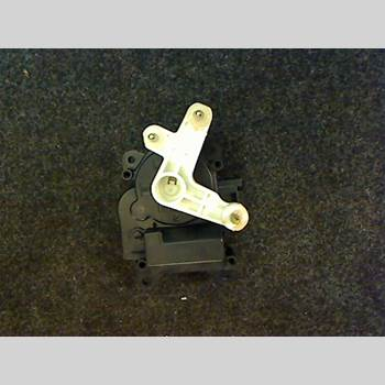 AC Reglermotor TOYOTA YARIS VERSO  00-05 5D Kombi 5vxl verso 2002