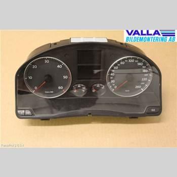 Kombi. Instrument VW GOLF V 04-09 2,0 TDI/140 2004 1K0920860LX