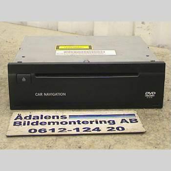 GPS NAVIGATOR MB E-KLASS (W211) 02-09 E320 CDI 2004 A-220-820-60-85