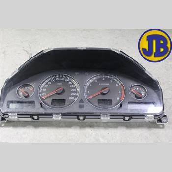 Hastighets Mätare Volvo V70      05-08  V70 2005 36050524