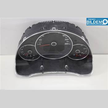 Kombi. Instrument 1,2 TSI.VW NEW BEETLE 2012 5C5920870X