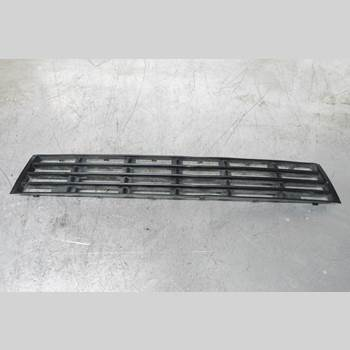 Grilldel Mittre A4 AVANT 2000