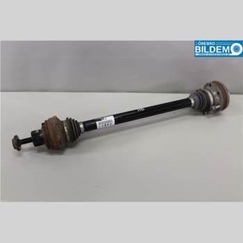 Drivaxel Höger Bak AUDI Q5 09-16 2,0 TDI.AUDI Q5 2011 8R0501203C
