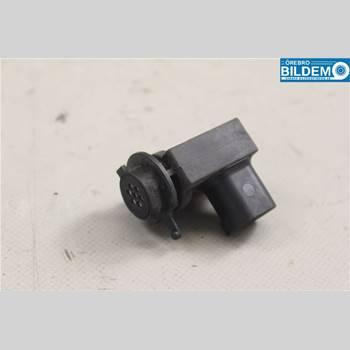 BMW 3 E90/91 SED/TOU 05-12 325I 6VXL 4D SEDAN 2005 64119240180
