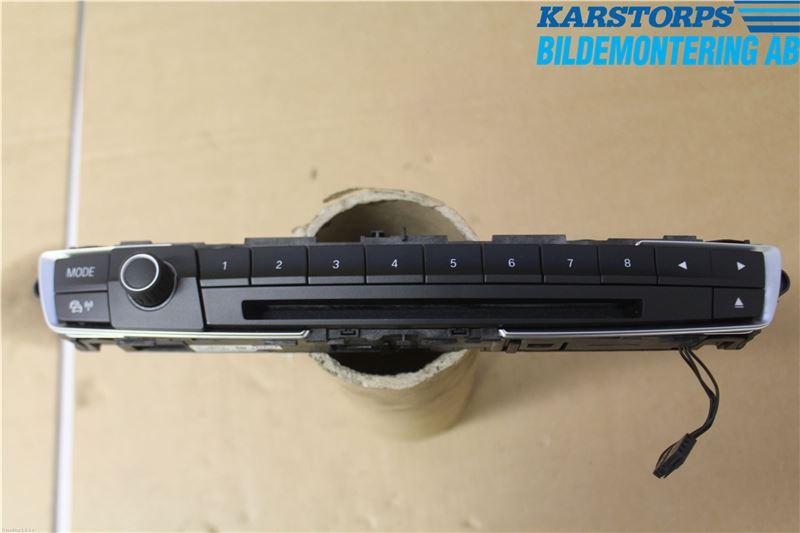RADIO CD/MULTIMEDIAPANEL till BMW 3 F30/F31/F80 2012-2019 K 61319323554 (0)