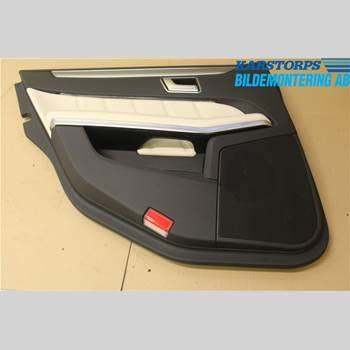 Dörrklädsel - Vänster MB E-KLASS (W212) 09-16 E220 CDI AVANTGARDE 2014 A2127307370