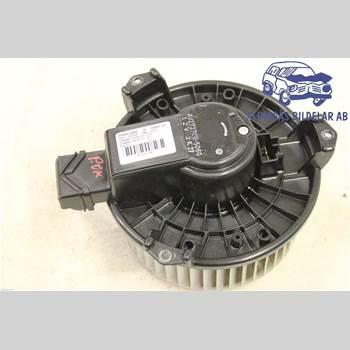 AC Värmefläkt HONDA CR-V 07-12 5DCBI 2,2iCDTI 6VXL4*4 SER ABS 2008