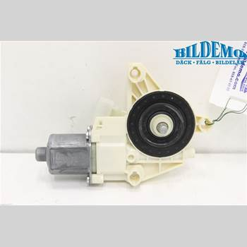 Fönsterhissmotor MB A-KLASS (W176) 13-18 MERCEDES-BENZ 176 2013 A2469065200