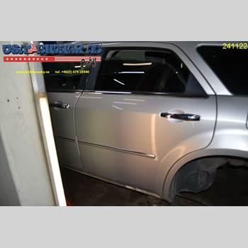 Dörr Vänster Bak CHR 300C 2,7 2006