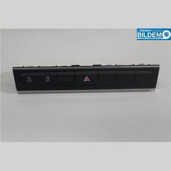 Strömställare Varningsblinkers AUDI A3/S4 05-13 1,6 TDI.AUDI A3 SPORTBACK 2012 8P0927137CG