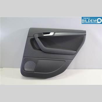 Dörrklädsel Höger AUDI A3/S4 05-13 1,6 TDI.AUDI A3 SPORTBACK 2012 8P4867304P