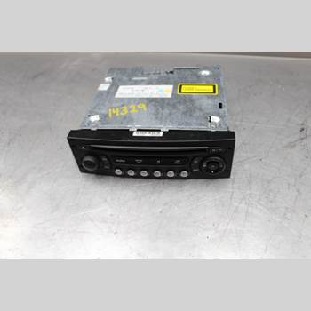 RADIO CD/MULTIMEDIAPANEL CITROEN C4 I   05-10 2,0i 16v 140hk 2006