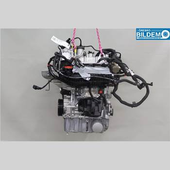 Motor Bensin AUDI A1/S1 11-18 1,0 TSI.AUDI A1 ATTRACTION 2015 04C100032EX