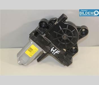 T-L858582