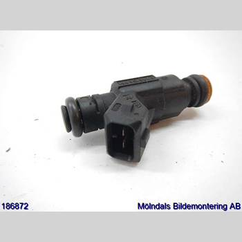 AUDI A4/S4 01-05 AUDI A4 AVANT 1,8T QUATT 2004 06A906031BA