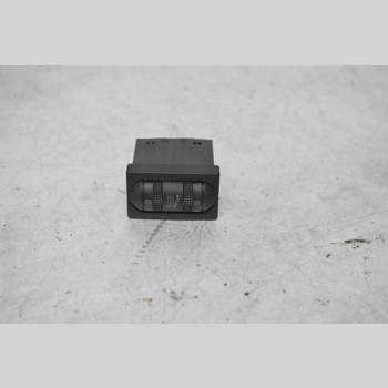 Strömställare Stolsvärme VW PASSAT 94-96 PASSAT VARIANT 1995