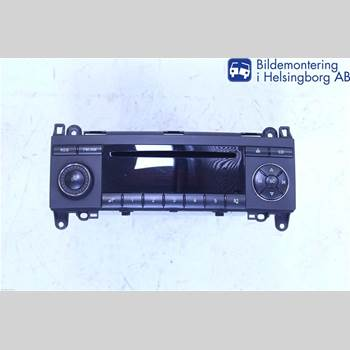 RADIO CD/MULTIMEDIAPANEL MB A-Klass (W169) 04-12  A 200 CDI 2006 A1698200486