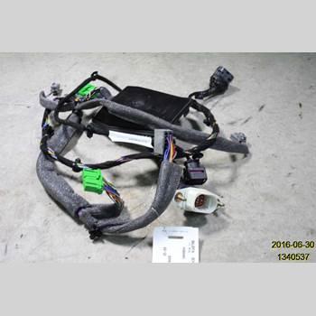 VOLVO S60      05-10 S60 2006 8697907