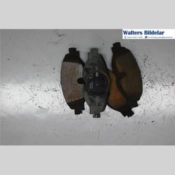 Bromsbelägg Fram VW CADDY 11-15 2,0 TDI 2015 2K5698151A