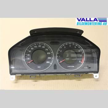 VOLVO V70 08-13 2,0F 2009 36002194