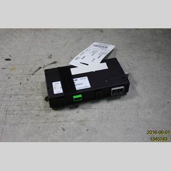 VOLVO V70 08-13  V70 2011 30744321