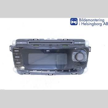 RADIO CD/MULTIMEDIAPANEL SEAT IBIZA IV 08-16 SEAT IBIZA 1,4 16V STYLA 2009 6J0035153B