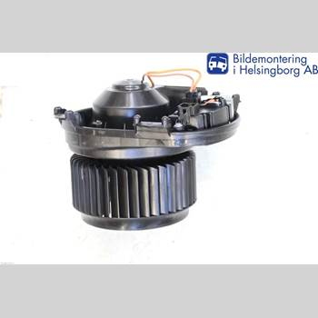 Värmefläkt MB GLA-KLASS (X156) 13-19  250 4MATIC 2014 A2469064200