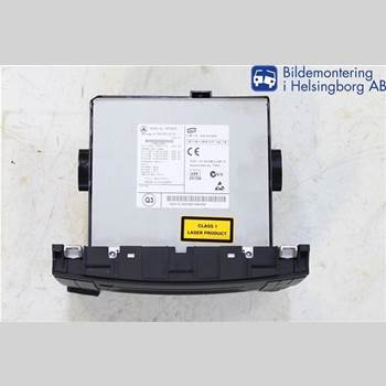 RADIO CD/MULTIMEDIAPANEL MB A-Klass (W169) 04-12 MERCEDES-BENZ 169 2012 A1699002000