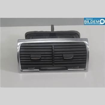 Defrosterkanal/Munstycke AUDI Q7/SQ7 4,2 TDI.AUDI Q7 2008 4L0820951P
