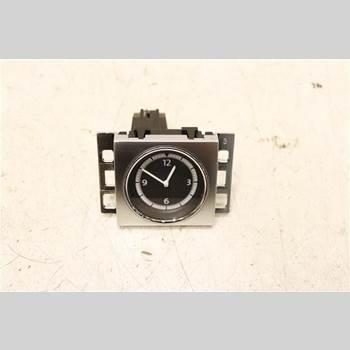 Klocka VW PASSAT CC  08-16 2,0 TDi BLUEMOTION 2012 3C8919204A