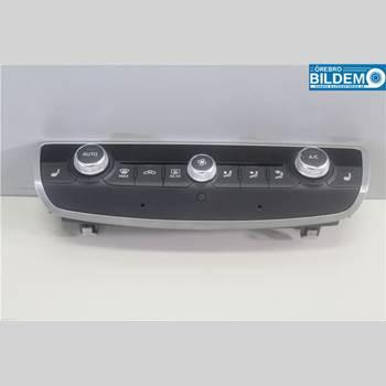 AC Styrenhet AC Manöverenhet AUDI A3/S4 (8V) 13-20 2,0 TDI.AUDI A3 SPORTSEDAN 2014 8V0820043D