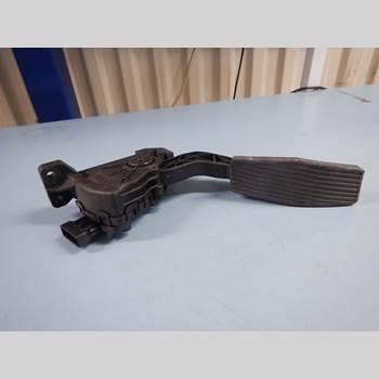 Pedal Gas/Broms/Koppling SAAB 9-3 VER 2 1.9 TiD 16V SC VECTOR (150hk) 2007 93174339
