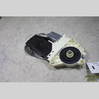Fönsterhissmotor RENAULT LAGUNA III 11-15  LAGUNA 2012 807311420R