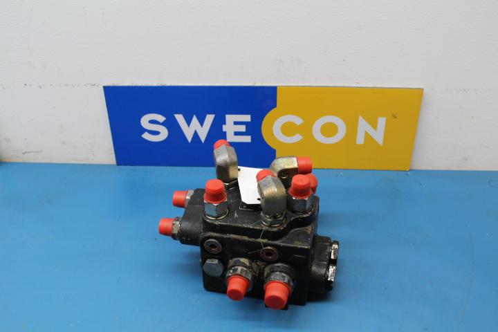 Styrning reglerventil till L220E SW VOE11027552 (0)