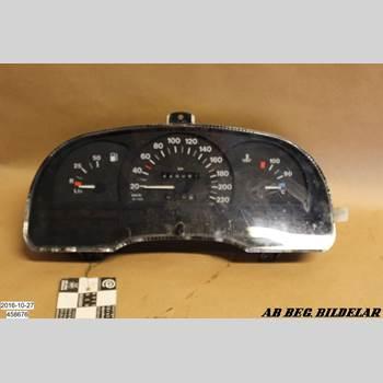 INSTRUMENT HAST OPEL ASTRA F 92-98 OPEL ASTRA GL 512M3 1996 90452686