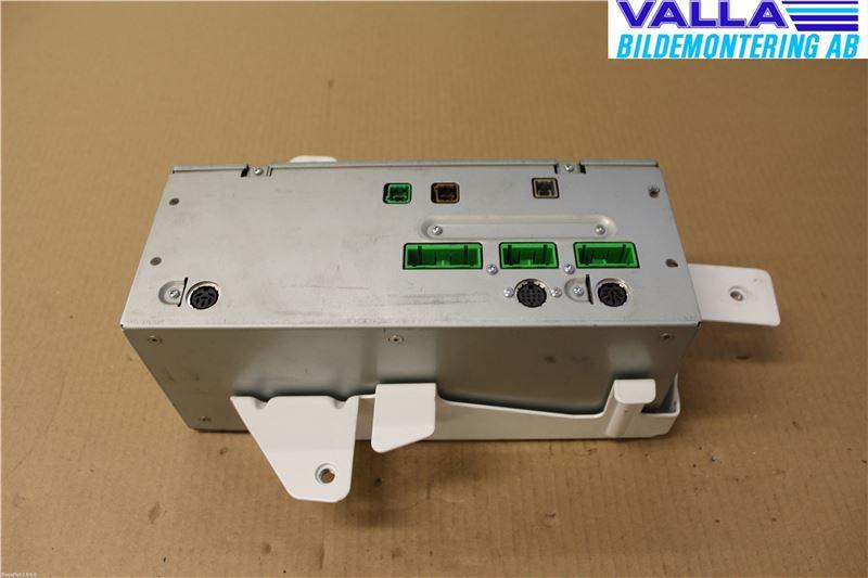 GPS Navigator till VOLVO XC70 2001-2004 V 8252303 (0)