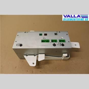 VOLVO XC70     01-04 2,4T AWD 2001 8252303