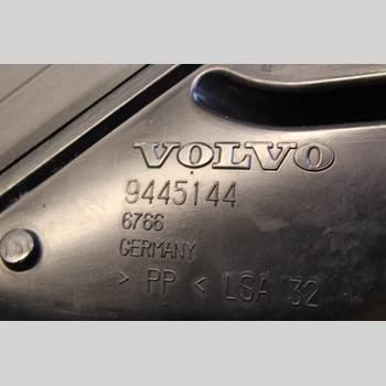VOLVO V70      00-04 2.4 20V 2004