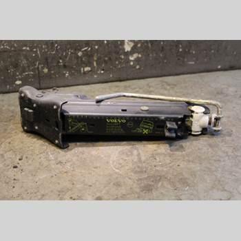 Domkraft VOLVO S80      99-03 2.9 24V 1999 30639830