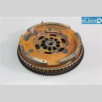 Svänghjul Man / växellåda AUDI A6/S6     05-11 2,4 I.AUDI A6 AVANT 2006 06E105266AC