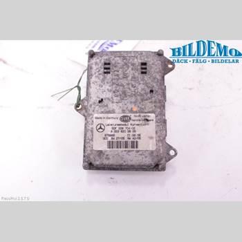 Styrenhet - Xenon MB R-KLASS (W251) 05-13 MB R 280 CDI 4 MATIC 2007 A0038205826