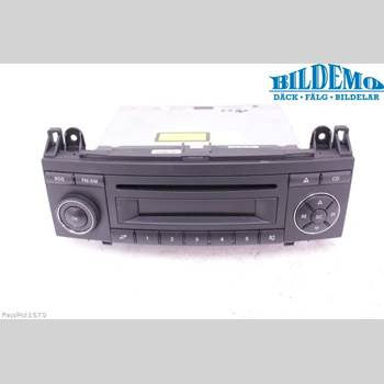 RADIO CD/MULTIMEDIAPANEL MB A-Klass (W169) 04-12 MERCEDES-BENZ A150 169 2012 A1699002900