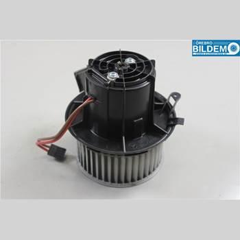 AC Värmefläkt MB E-KLASS (W212) 09-16 E300 BLUE AUT HYB COMBI 2014 A2128200708