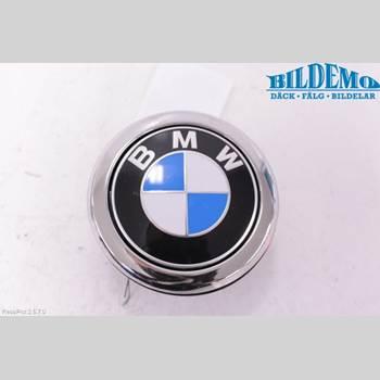 BAKLUCKEHANDTAG BMW 1 F20/F21 11-19 BMW 118D M SPORT 2013 51247248535